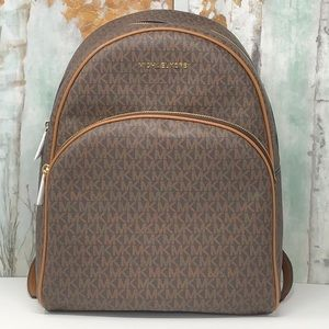 Nwt Michael kors large Abbey backpack